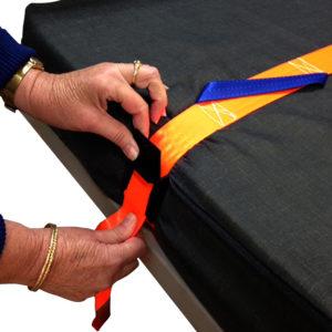 mattress-handling-doing-up-strap